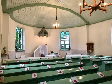 The Segesvár congregation recently gave the church interior a fresh coat of paint.